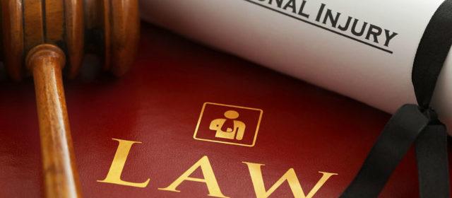 Comment devenir avocat en droit social ?